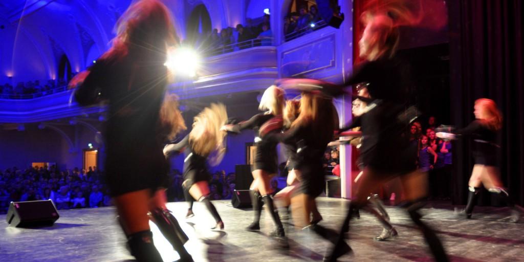SBI_Dance4Fans1