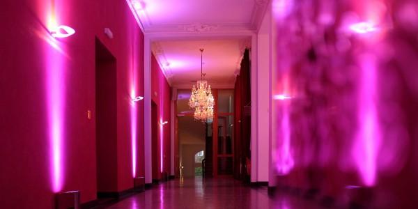 Stimmung_1920x960px_Foyer_2